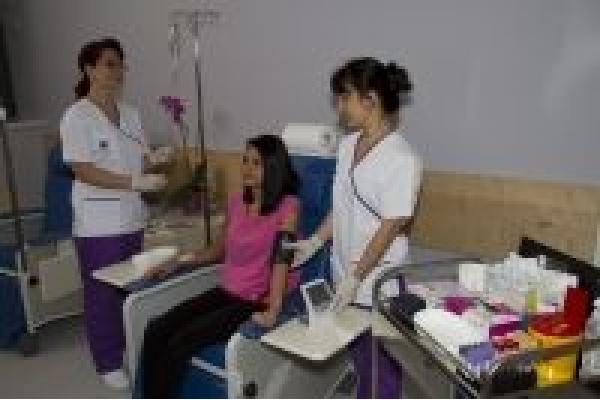 Centrul de Radioterapie Amethyst - Chimio.jpg