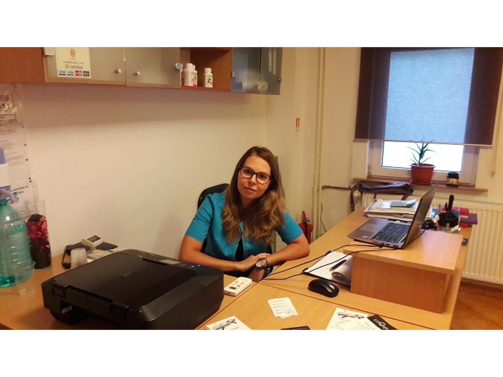 LITherapy - Dr._Simona_Botezatu_-_Medic_Medicină_Fizica,_Recuperare_Medicală_&_Balneologie.jpg