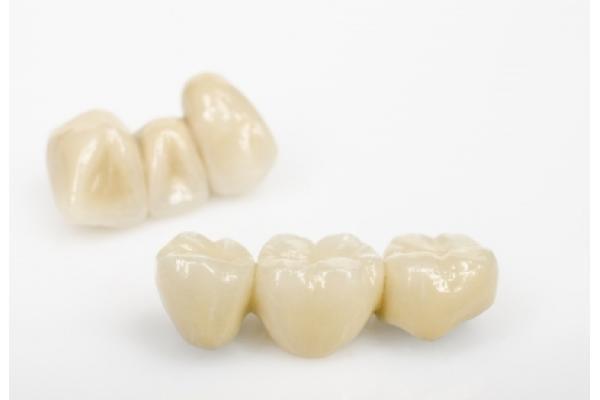 Dental Planet - shutterstock_225206857.jpg